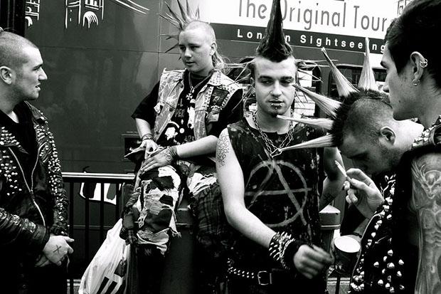 80 tals klader punk